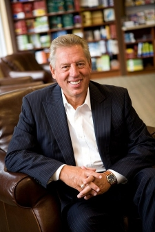 John C Maxwell quotes on teamwork
